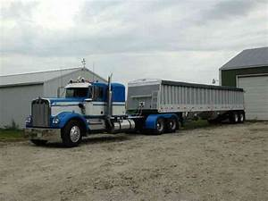 Kenworth W900a  1982    Sleeper Semi Trucks