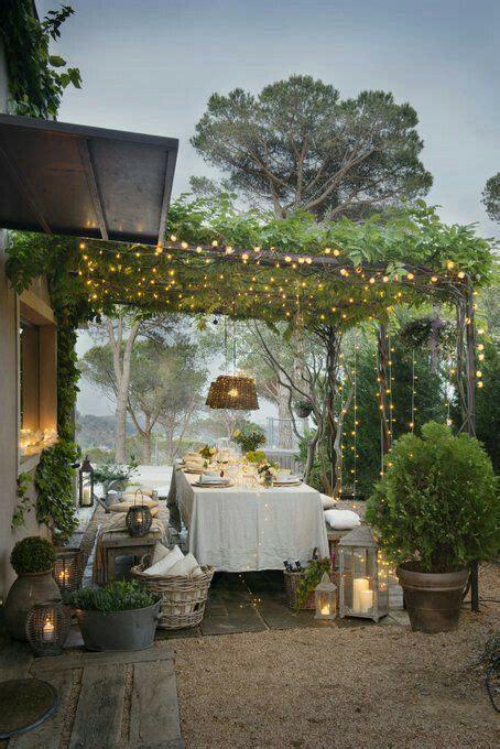 guirlande lumineuse jardin guirlandes lumineuses le de la pergola terrasse