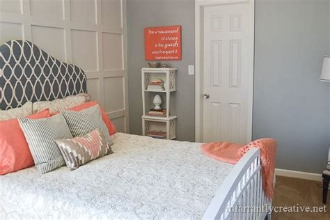Best 25+ Gray Coral Bedroom Ideas On Pinterest Coral