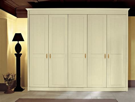 Large Bedroom Wardrobes by Large Wardrobe Closets Large Wardrobe Closet Calegion