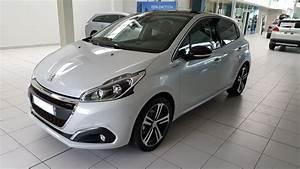 Peugeot 208 Blanche : tomlechti 208 gtline 1 2 puretech 110 5p blanc perle nacr ma peugeot 208 forums peugeot ~ Gottalentnigeria.com Avis de Voitures