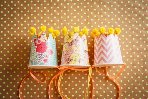 childrens party diy pom pom party hat tutorial
