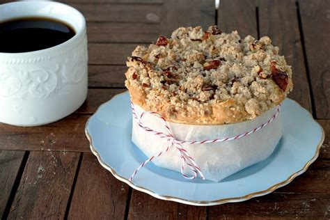 You can't see it in this picture. Ina Garten's sour cream coffee cake | kitchen and food | Pinterest | Sour cream, The o'jays and ...