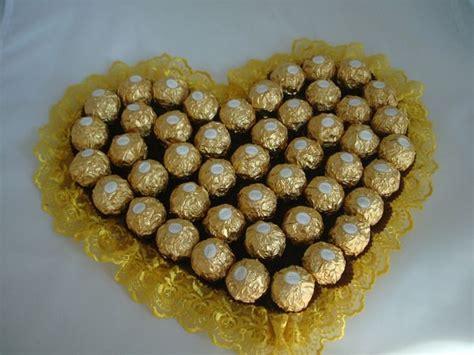 geschenk zur goldenen hochzeit ideen ein herz aus ferrero pralinen diy geschenk hochzeit geschenke zur goldenen hochzeit und