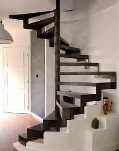 Escalier Colimaçon Beton : escalier en colima on carr structure et marches m talliques option marches nanoacoustic ~ Melissatoandfro.com Idées de Décoration