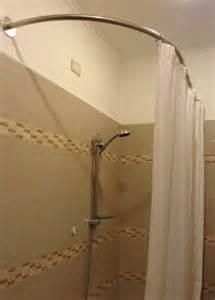 paroi de douche pour baignoire asym 233 trique la tringle 224