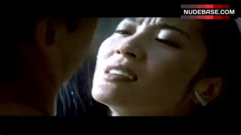 Michelle Yeoh In Wet T Shirt Tomorrow Never Dies 032