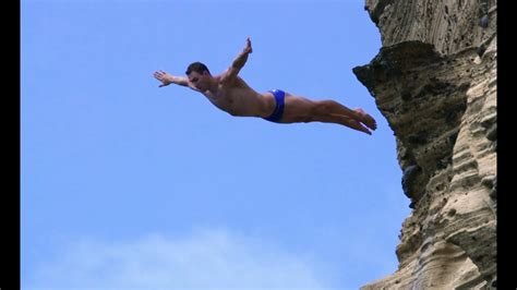 cliff diving in portugal bull cliff diving world series 2012 azores youtube