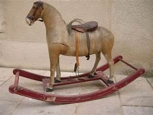 Cheval A Bascule : cheval de man ge ~ Teatrodelosmanantiales.com Idées de Décoration