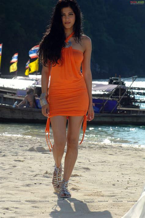 seductive actress shruti hassan  hot  orange