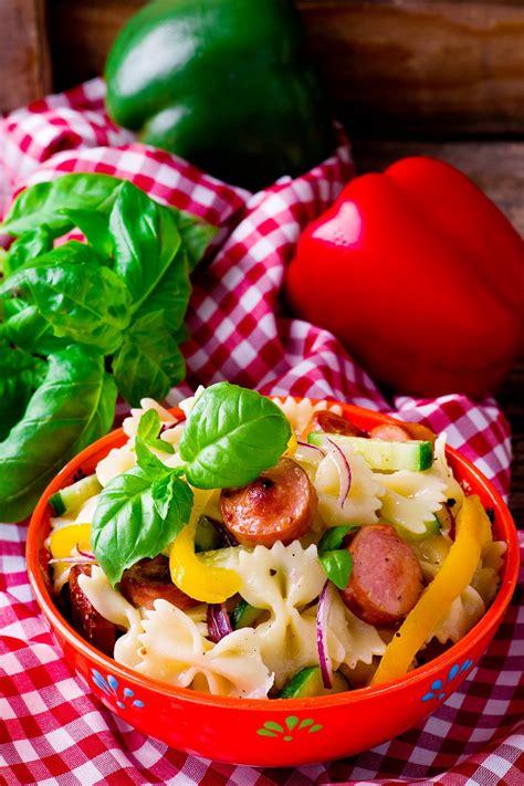 recette salade de p 226 tes 224 la saucisse de morteau