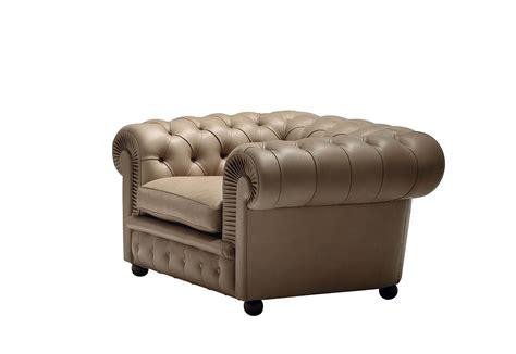 Chester One Armchair By Poltrona Frau