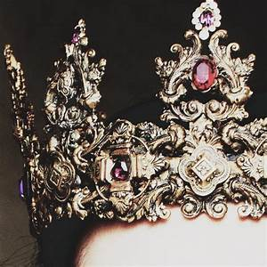 1000+ ideas about King Crown Tattoo on Pinterest | Crown ...