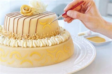 hochzeit torte mit liebe selber verzieren torten
