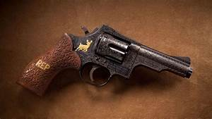 gun wallpaper free Download