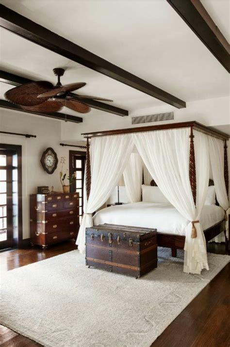chambre coloniale intérieur et très chic à l 39 aide de meuble colonial