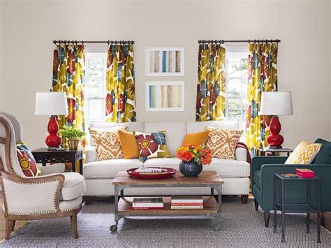 hgtv livingrooms hgtv 39 potluck living room living room and dining