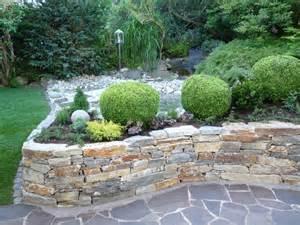 wohnideen farben fr wohnzimmer steinmauer garten mediterran die besten steinmauer garten ideen auf boulder design ideen
