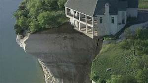 Texas home teeters on edge of crumbling cliff ...