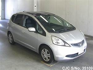 2009 Honda Fit   Jazz Silver For Sale