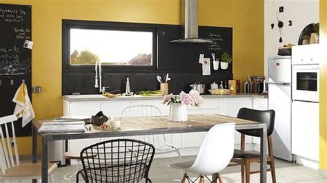 peinture jaune moutarde peinture de cuisine 6 couleurs tendances en 2019