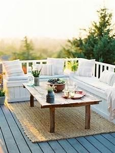 1001 ideen zum thema schmalen balkon gestalten und einrichten for Balkon teppich mit blaue streifen tapete