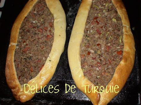 pide à la viande etli pide délices de turquie et d