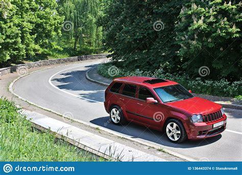 september   kyiv jeep grand cherokee srt brutal