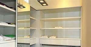 Planung Begehbarer Kleiderschrank : projekte kleiderschr nke ber uns tischlerei trojahn ~ Indierocktalk.com Haus und Dekorationen