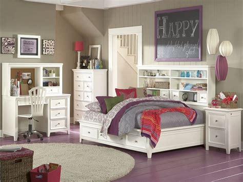 Storage In Small Bedrooms, Small Master Bedroom Storage