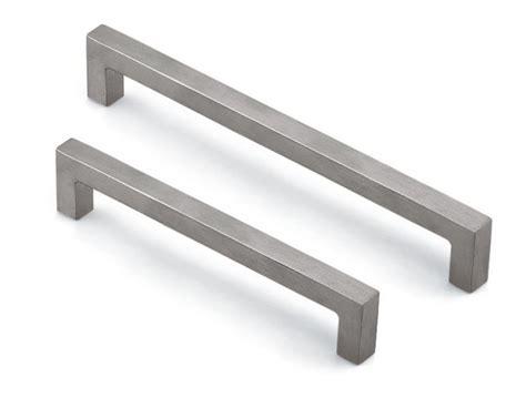 modern cabinet pulls modern kitchen cabinet handles hardware modern kitchen