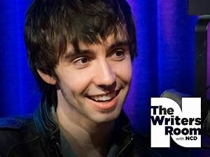 Mo Pitney Talks About Life as a New Dad, His Old Soul ...