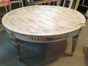 Round coffee table shabby white ivory distressed finish for Distressed white round coffee table