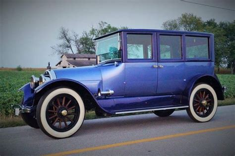 Suburban Cadillac Buick by 17 Best Images About Cars I On Buick