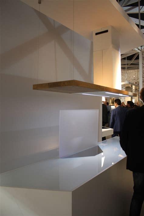 hotte cuisine design hottes de cuisine design une sélection du salon eurocucina