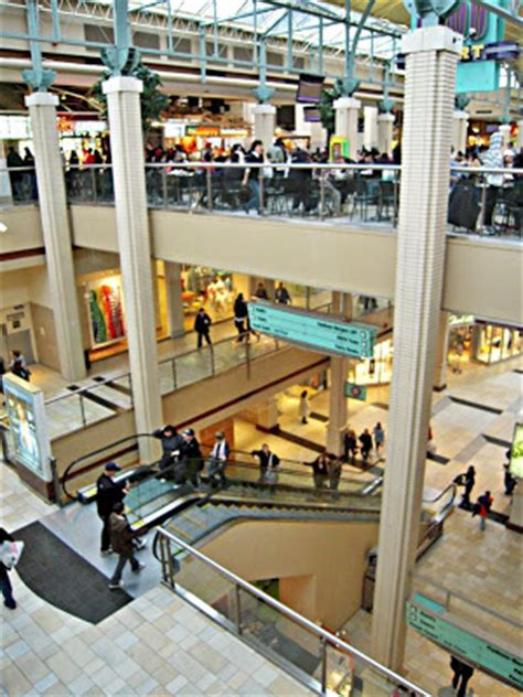 podanys    world newport centre mall
