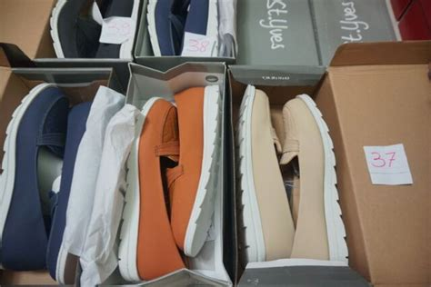 Sepatu Sandal Wanita Merk St Yves supplier baju branded sandal dan sepatu brand matahari