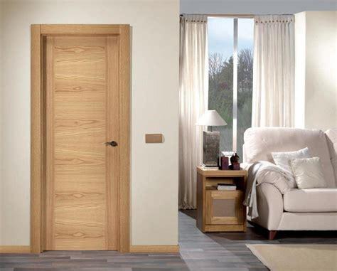 puertas de interior lacadas  de madera