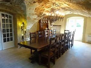 Table 16 Personnes : location g te n 30g12991 saint laurent des arbres dans le gard ~ Teatrodelosmanantiales.com Idées de Décoration