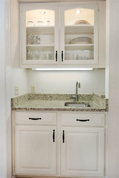 great idea   tuck  wet bar   small space
