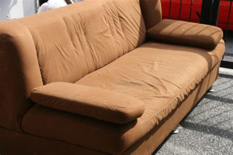 Cleaning Couches by How To Clean A Microfiber Upholstered Sofa 10 Steps