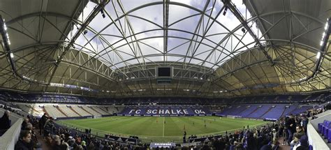 Apr 21, 2021 · returning to schalke's stadium early on wednesday, the players were met by up to 600 of the club's fans. Veltins Arena (Arena auf Schalke) - StadiumDB.com