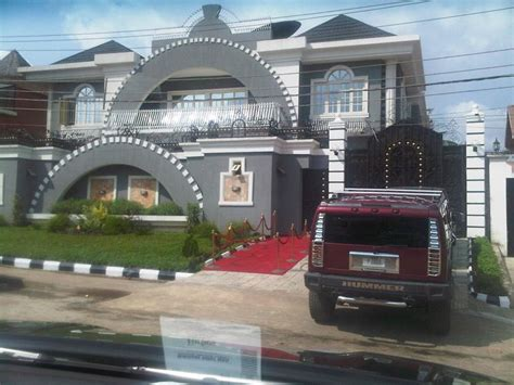 Squareville  Home Of Psquare Brothers Locked By Nigeria