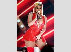 Nicki Minaj dances and twerks in racy red dress during BET