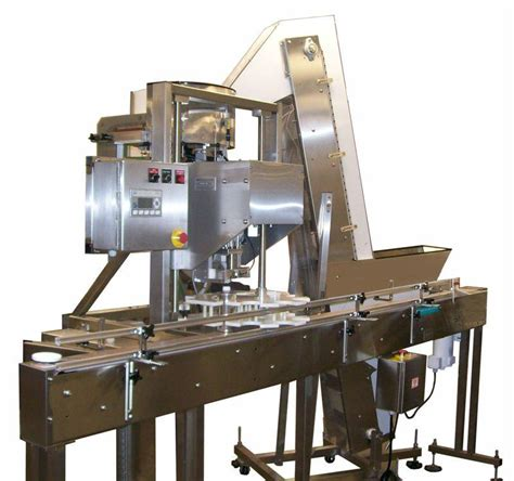 automatic capping machine automatic cappers