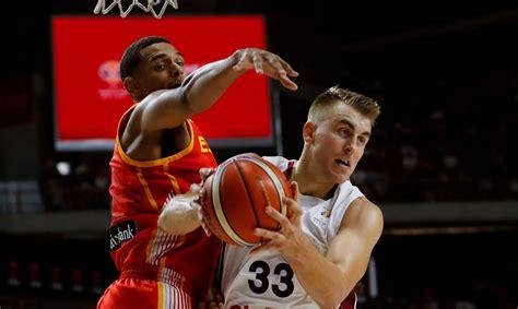 Meieram iespaidīgs sniegums pret spēcīgo CSKA - Basketbols ...