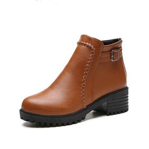 Women Ankle Boots Soft Leather Platform Shoes