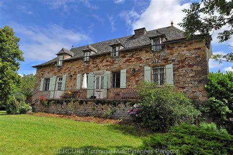 for sale character house aveyron 11727vm