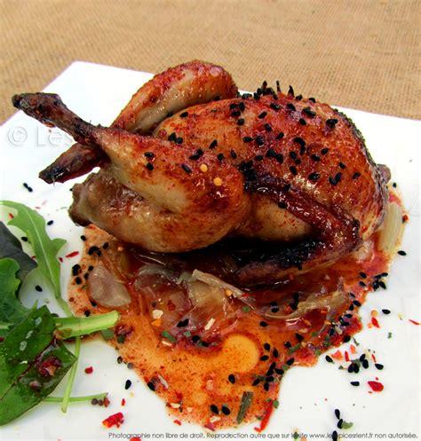 comment cuisiner des cailles au four cailles rôties au four marinade au miel épices tandoori