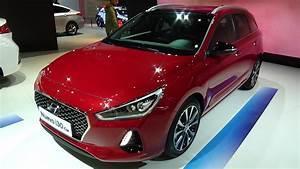 Hyundai I30 Cw : 2017 hyundai i30 cw exterior and interior automobile barcelona 2017 youtube ~ Medecine-chirurgie-esthetiques.com Avis de Voitures